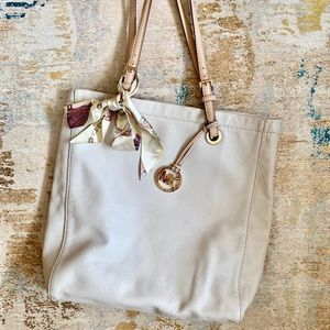 Cream Leather Large Michael Kors Tote